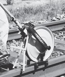 Systeme rail pour topometre, Nestle, Topomètre, Odometre, Odomètre, Topographie-lepont.fr